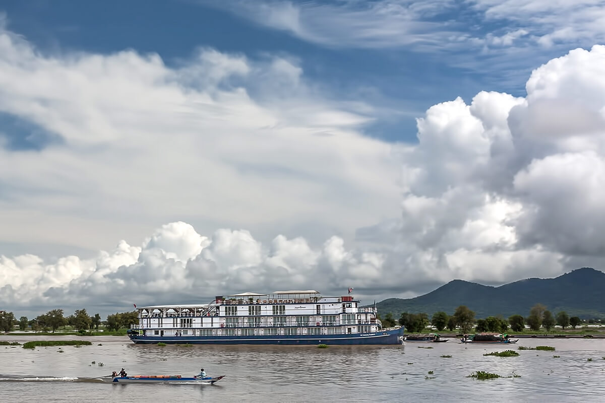 Local life on the river amidst the father of Heritage Line's ship collection, Jayavarman